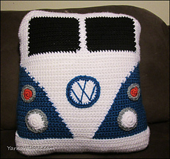 VW-Van-Pillow-Front_small