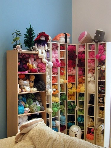Kids Room Shelves: Organize Your Yarn Stash – Tips And Ideas